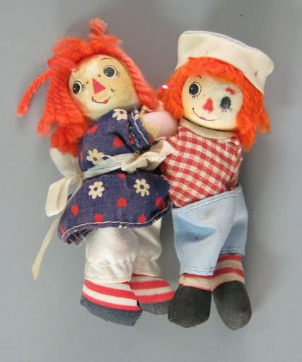 Doll:Hugging Mini Raggedy Ann and Andy