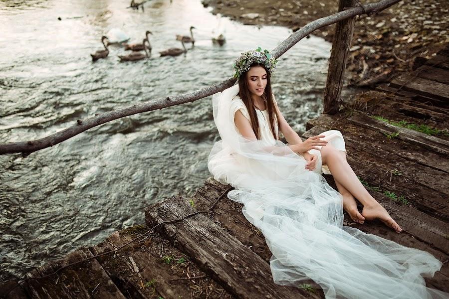 Wedding photographer Violetta Nagachevskaya (violetka). Photo of 21.12.2018