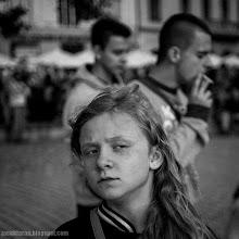 Photo: kids, portrait, girl, black and white,;