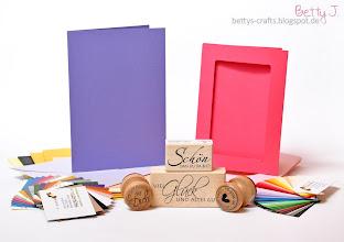 Photo: http://bettys-crafts.blogspot.de/2014/09/haul-video-faltkarten-bestellung.html