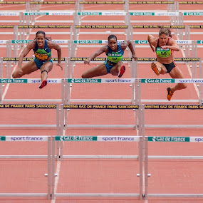 Raging Battle by Pascal Bénard - Sports & Fitness Other Sports ( hurdles, sport, athletism, stade de france, championship, active, running, runner, bani-bands, Bani Bands - RUNNERS Challenge )