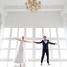 Wedding photographer Anton Kovalev (Kovalev). Photo of 19.04.2018