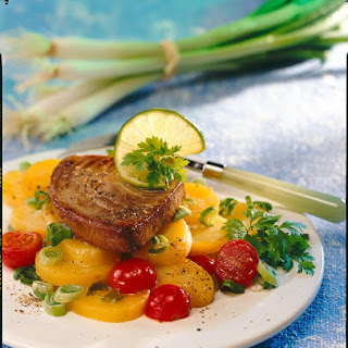Pan-fried Tuna with Marinated Potato Salad