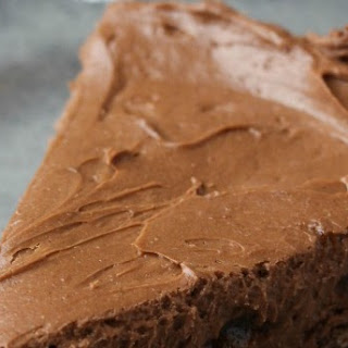 The Most Irresistible Chocolate Crunch Cheesecake Recipe (Don't say I didn't warn you!).
