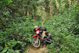 Photo: the motobike has a problem