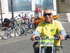 Photo: Kerékpáros felvonulás gyülekezője 2007 őszén.