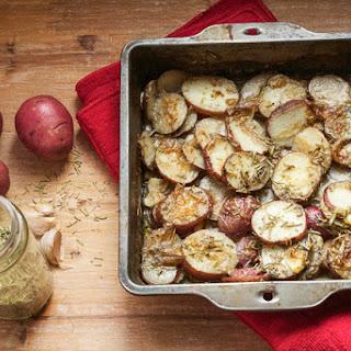 Simple Rosemary Garlic Potatoes
