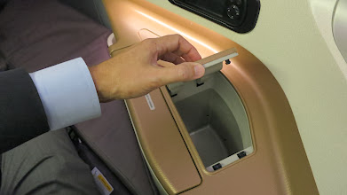 Photo: More nooks for your stuff Singapore Air's new B777-300ER