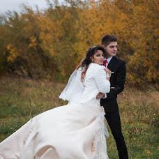 Wedding photographer Tatyana Kuzminskaya (KuzminskayaTaty). Photo of 11.02.2015