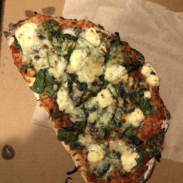 Half pie: spinach and ricotta