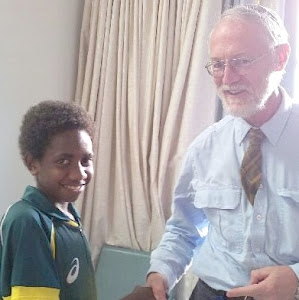 Reedly from Vanuatu thanking Prof David Croaker for giving him a future
