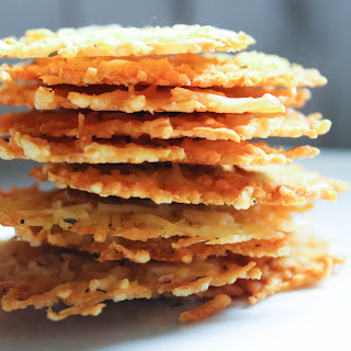 3 Ingredient Double Cheese Crackers {Low Carb, THM-S}.