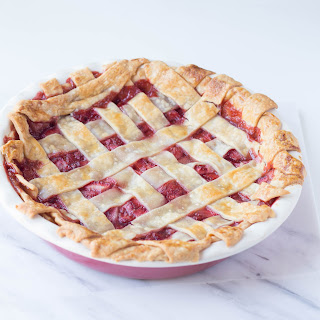Easy Strawberry Lattice Pie + Giveaway