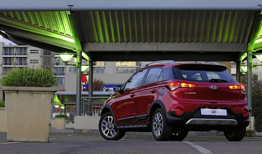 Rear scuff plates, side sills and roof rails all give the i20 Active the look of adventure. Picture: QUICKPIC