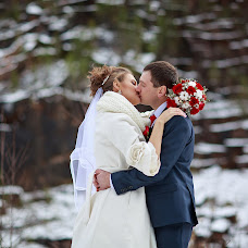 Wedding photographer Aleksandr Papsuev (papsuev). Photo of 12.10.2016