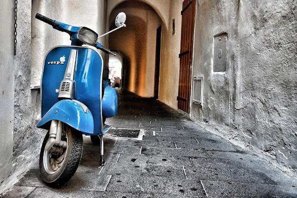 Blu Piaggio di Eduz1966