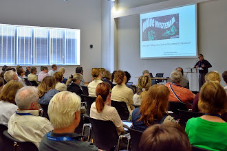 Photo: #eden14 Terry Anderson and his audience Photo by SRCE