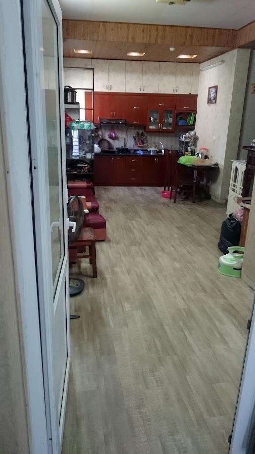 thi công lắp đặt sàn nhựa tại căn hộ chung cư 71 Nguyễn Thị Định- Hà Nội