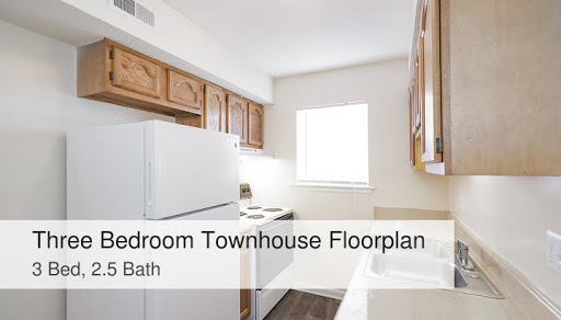 Three Bed Townhouse Colonial Apartments In Greensboro Nc