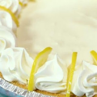 Creamy Lemon Pie with Only 4 Ingredients! Recipe