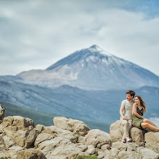 Pulmafotograaf Lyudmila Bordonos (Tenerifefoto). Foto tehtud 17.12.2018