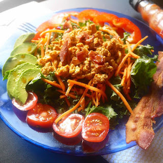 Taco Hot Sauce Ground Chicken and Kale Salad (paleo, GF).