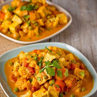Pressure Cooker Tofu Vegetable Curry.