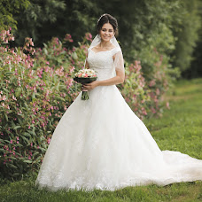 Wedding photographer Galina Ovchinnikova (DeGa). Photo of 22.08.2017