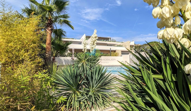 Appartement avec terrasse et piscine Les issambres