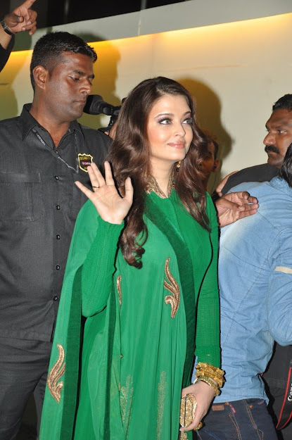 Aishwarya Rai saying hello