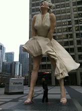 Photo: Looking up Marilyn's skirt in Chicago!!!!