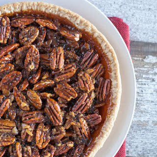 Vegan Pecan Pie Recipe | Easy Vegan Thanksgiving