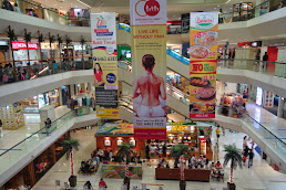 Shopping centers in Bukit Timah