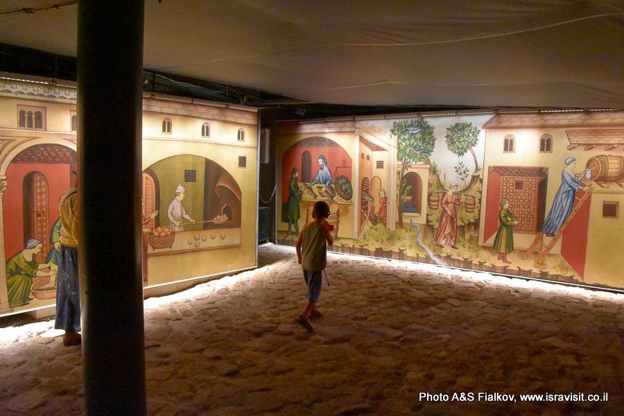 Улица в подземном городе крестоносцев Акко. Экскурсовод Светлана Фиалкова.