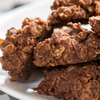 Slow Cooker Chocolate Oat Cookies