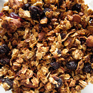 Clumpy & Crisp Applesauce Granola Recipe