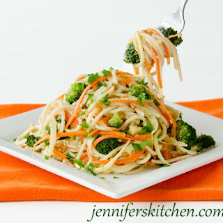 Pasta with Vegetables, Garlic, and Sesame Recipe