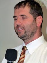 Photo: 2011. november 20-án Óvári Róbert, gyülekezetünk országos presbiterének, az egyház kadarkúti szeretetotthona vezetőjének biblikus életről szóló Igeszolgálatát élveztük.