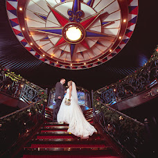 Wedding photographer Igor Lyutin (strongSPb). Photo of 27.01.2014