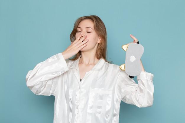 5. สาเหตุที่ทำให้เหนื่อยล้าอ่อนเพลียอีกอย่าง คือ การนอนดึก