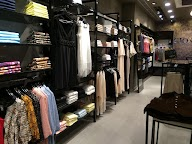 Store Images 1 of Giovani