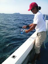 """Photo: 静かに息をひそめていた、""""ヤマダさん""""スイッチオン!・・・魚を破壊しないでね!"""