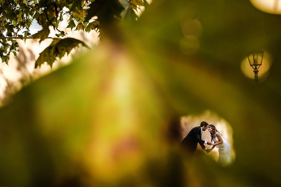 Wedding photographer Giuseppe Genovese (giuseppegenoves). Photo of 01.02.2018