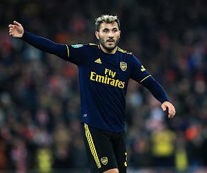 Sead Kolasinac retourne en Bundesliga, prêté par Arsenal