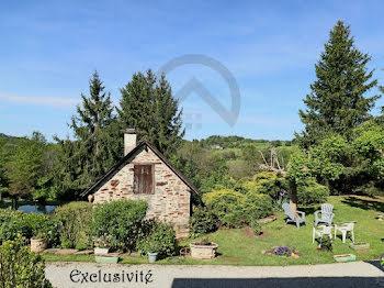 maison à Saint-Hilaire-Peyroux (19)