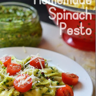Homemade Spinach Pesto. yum-o!