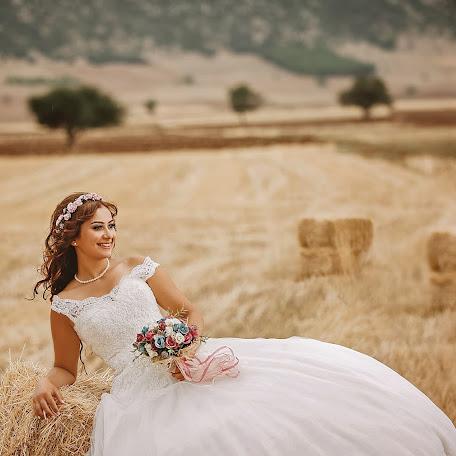 Wedding photographer Uzay Hülagü (uzayhulagu). Photo of 30.12.2017