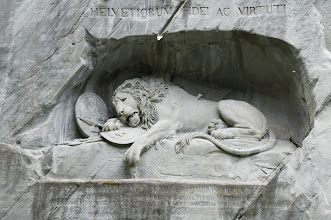 Photo: Lion Monument