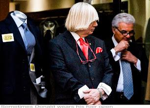 Photo: Donald mit blonden Haaren