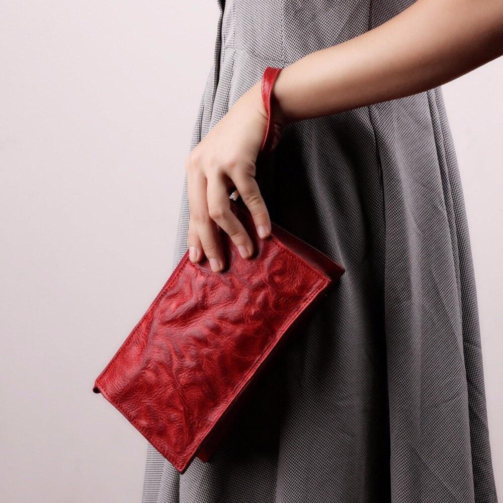 all-types-of-handbags-for-women_wrislet